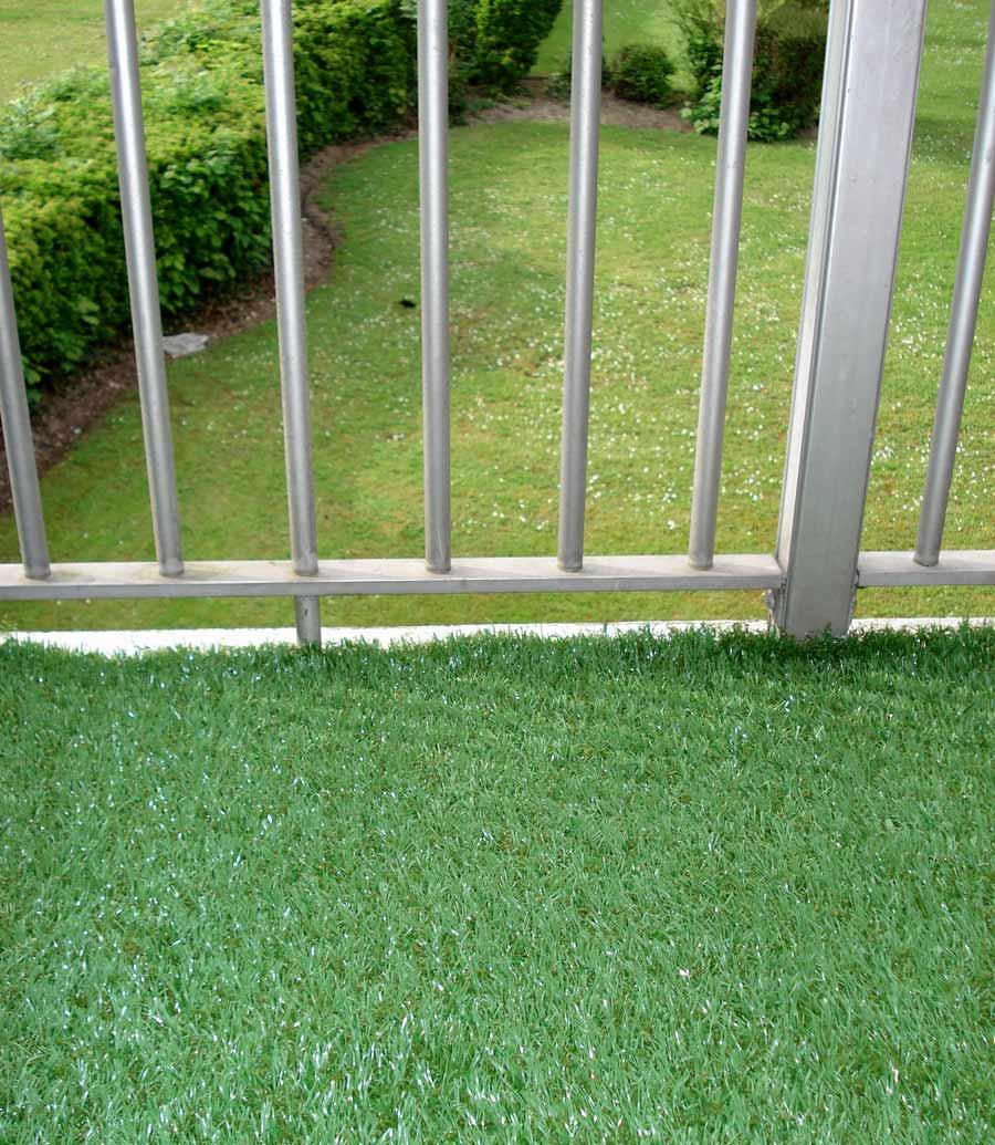 Photos 58 du gazon synth tique la belle pelouse artificielle pour jardin ba - Pelouse synthetique jardiland ...