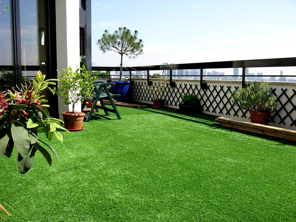 photos 66 du gazon synth tique la belle pelouse artificielle pour jardin balcon piscine v randa. Black Bedroom Furniture Sets. Home Design Ideas